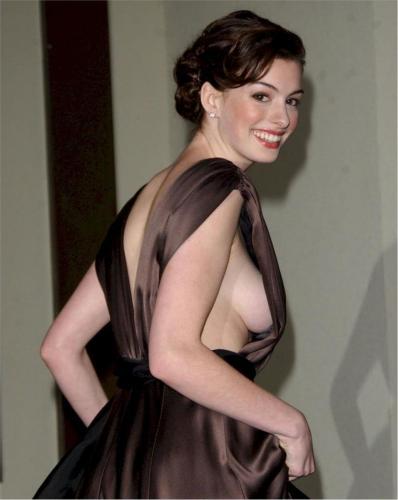 Anne-Hathaway-4