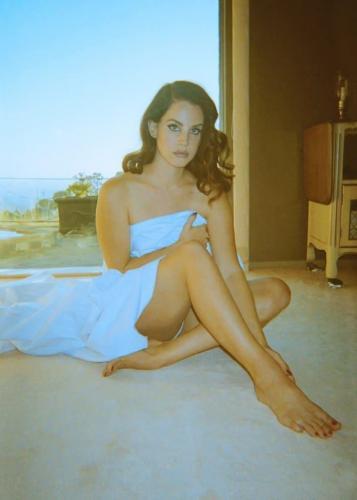 Lana-Del-Rey-hot-women-photo