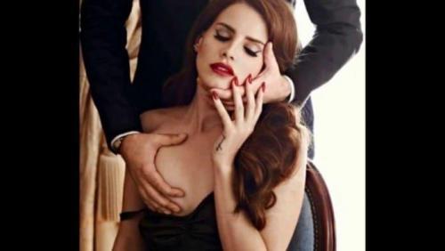 Lana-Del-Rey-sexy-boobs