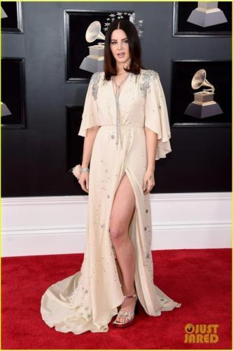 Lana-Del-Rey-sexy-lady