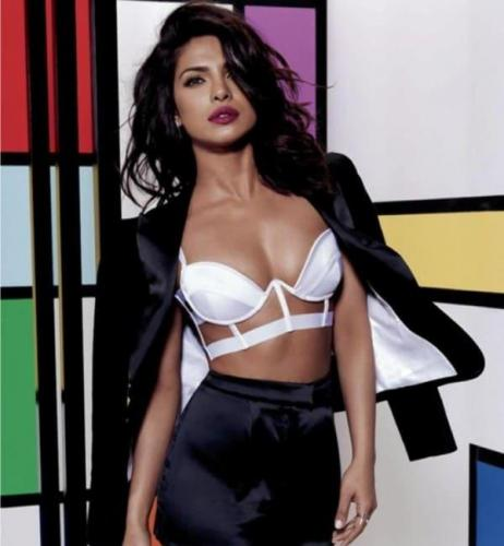 Priyanka-Chopra-Hot-Photoshoot-