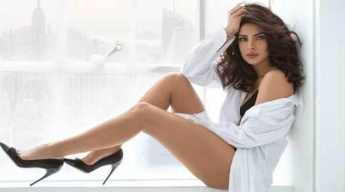 Priyanka-Chopra-awesome-pictures