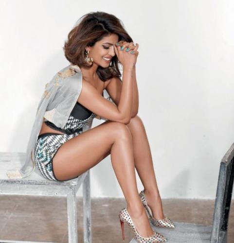 Priyanka-Chopra-beautiful-pic