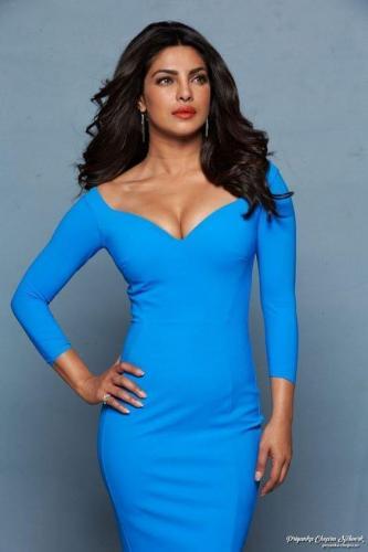 Priyanka-Chopra-blue-dress